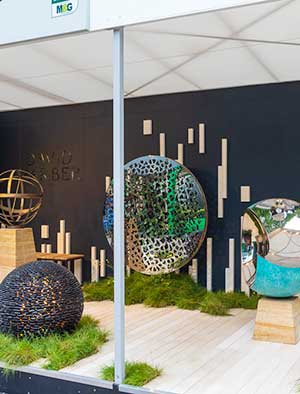 Echoing the look of the Savills and David Harber Show Garden