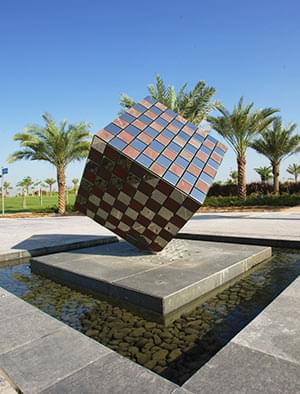 Bespoke corporate sculptures for Dubai Park