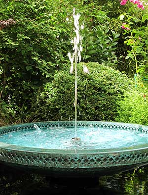 Moorish style water feature bowl with filagree pattern