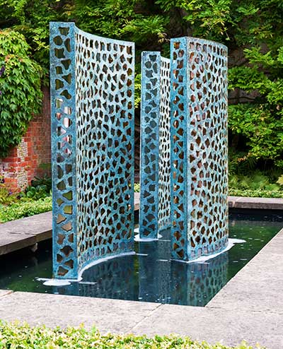 A trio of modern water walls for the garden